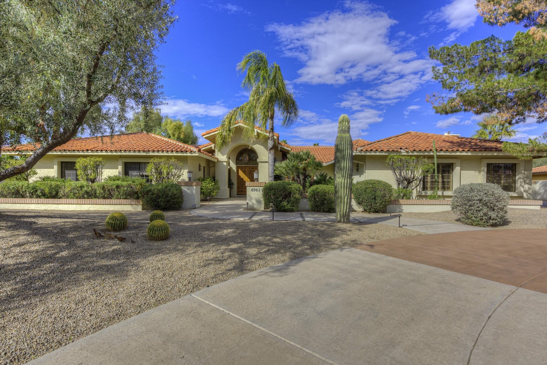 sales property at A gem nestled in the best location in Paradise Valley