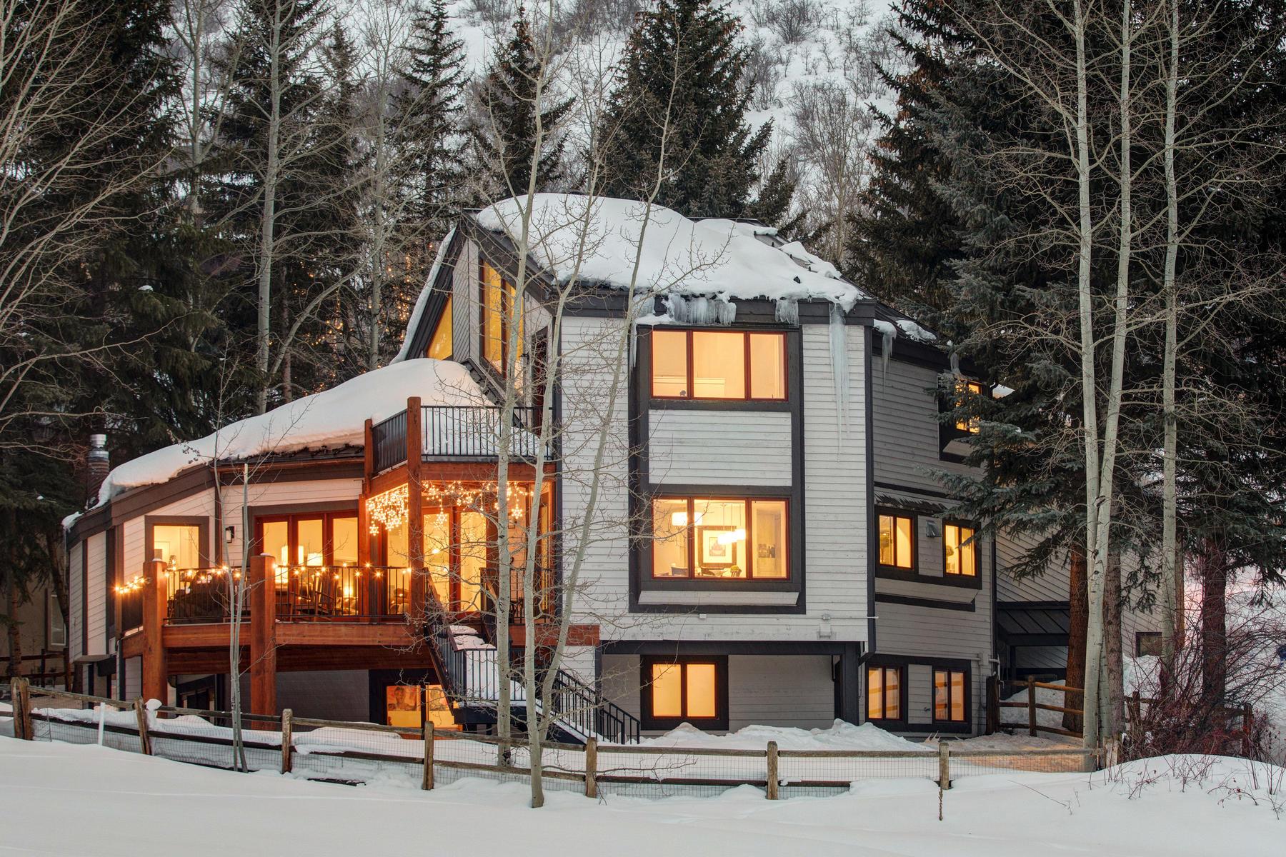 独户住宅 为 销售 在 Beautiful Family Home in the Heart of Park City - Minutes to Everything 2307 Morning Star Dr 帕克城, 犹他州, 84060 美国