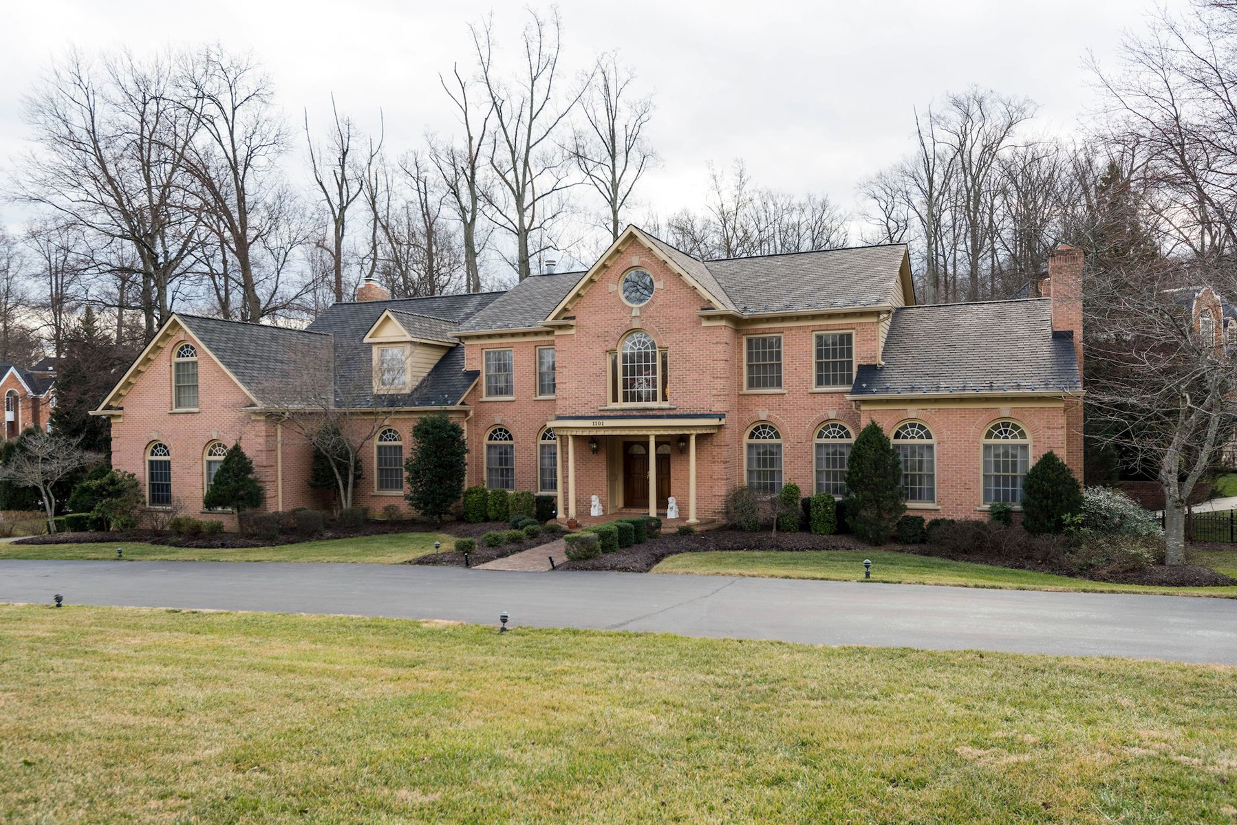 Single Family Home for Sale at 1101 Mill Ridge, Mclean McLean, Virginia, 22102 United States