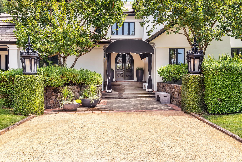 獨棟家庭住宅 為 出售 在 Timeless Elegance in Wine Country 4395 Pine Flat Road Healdsburg, 加利福尼亞州 95448 美國