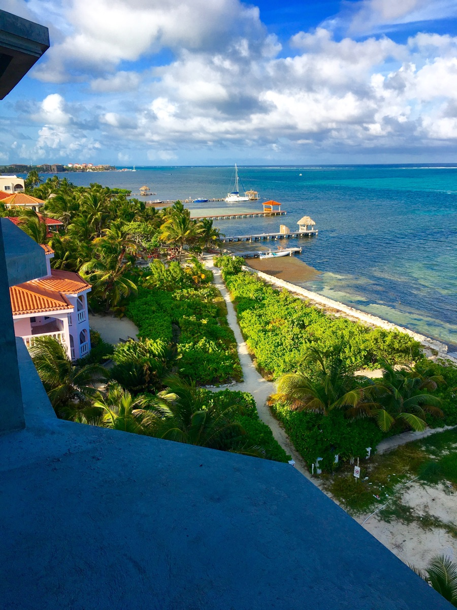 Additional photo for property listing at Vida El Lujo San Pedro Town, Ambergris Caye Belice