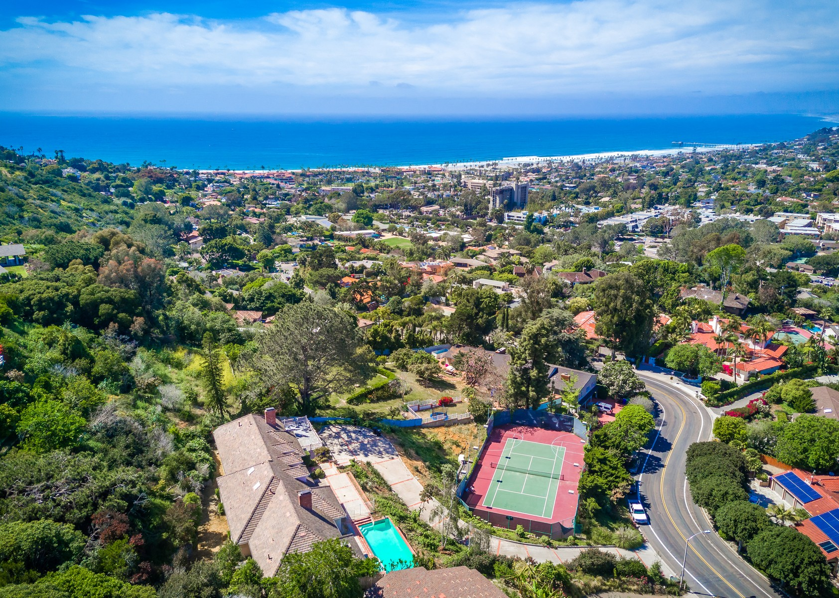 Single Family Home for Sale at 2695 Hidden Valley La Jolla, California 92037 United States
