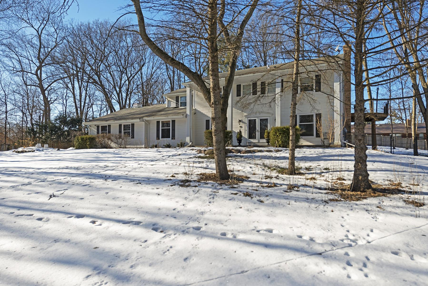 Single Family Home for Sale at 18620 27th Avenue N Plymouth, Minnesota, 55447 United States