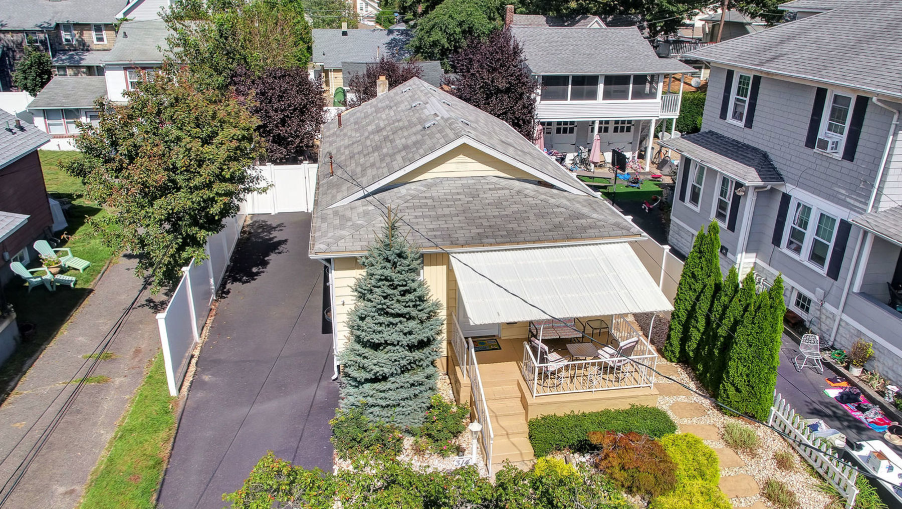 Single Family Home for Sale at Fantastic on Fifteenth 314 Fifteenth Avenue, Belmar, New Jersey 07719 United States