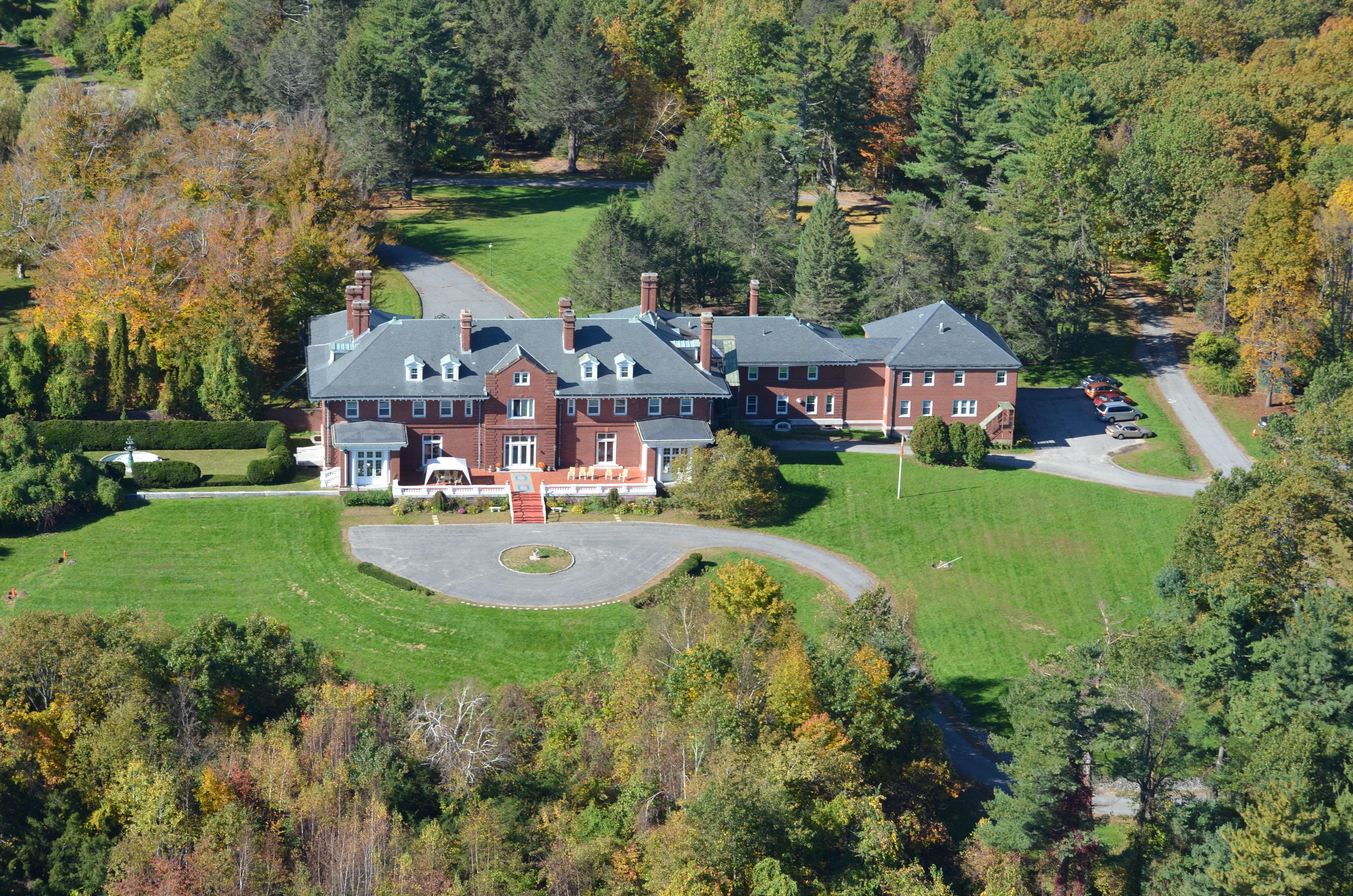 Maison unifamiliale pour l Vente à BSF 0 George HIll/Hilltop Roads Lancaster, Massachusetts, 01523 États-Unis