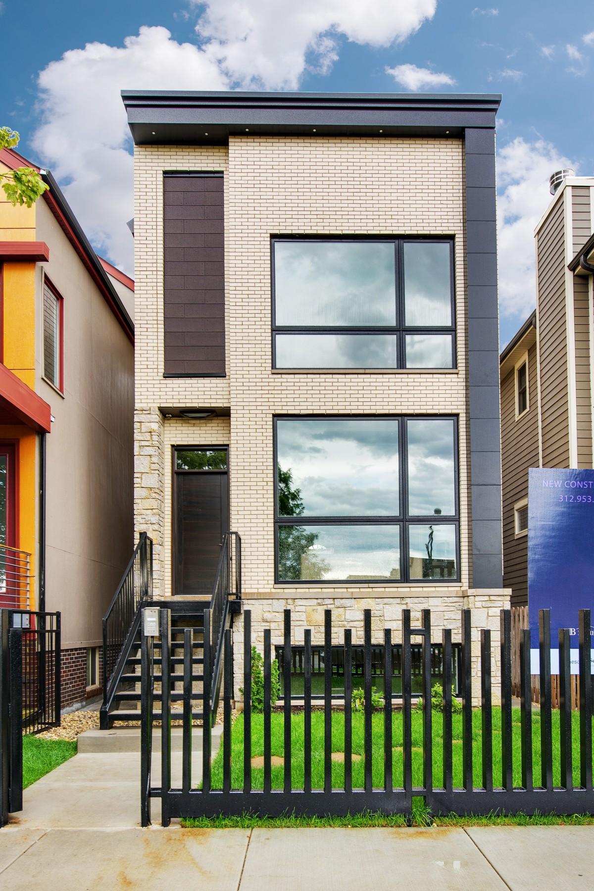 独户住宅 为 销售 在 New Construction Masonry Home By Exceptional Builder 1625 W Wolfram Street Lakeview, 芝加哥, 伊利诺斯州, 60657 美国