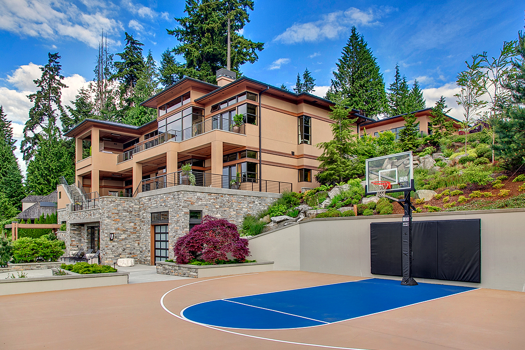 Additional photo for property listing at Lake Sammamish Estate 18110 SE 41st Lane Bellevue, Washington 98008 United States