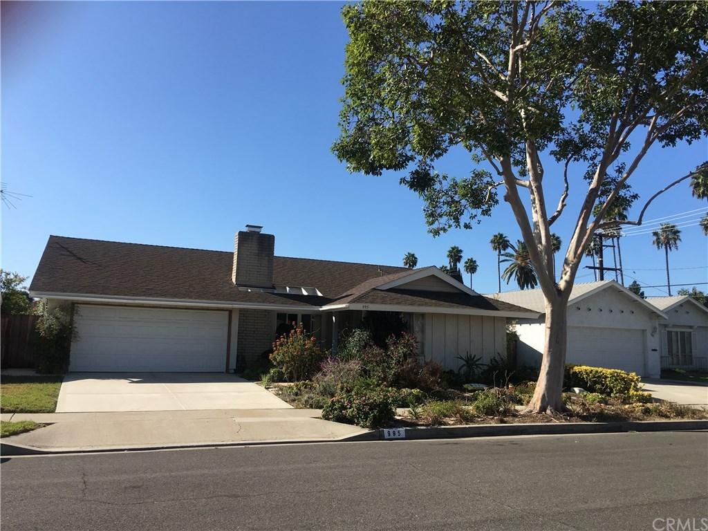 Single Family Homes for Sale at 995 Cheyenne Street Costa Mesa, California 92626 United States