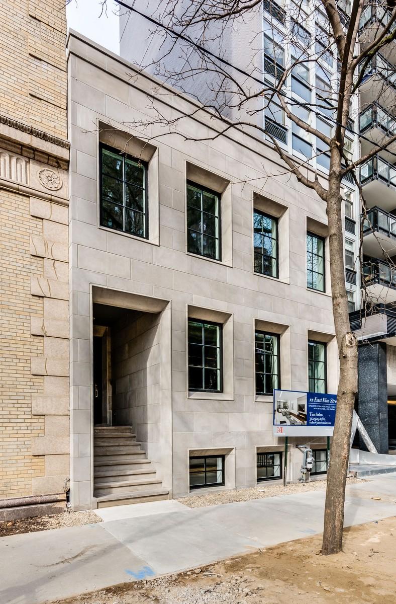 Частный односемейный дом для того Продажа на Lavish New Construction in a Historic Area 22 E Elm Street Near North Side, Chicago, Иллинойс, 60611 Соединенные Штаты