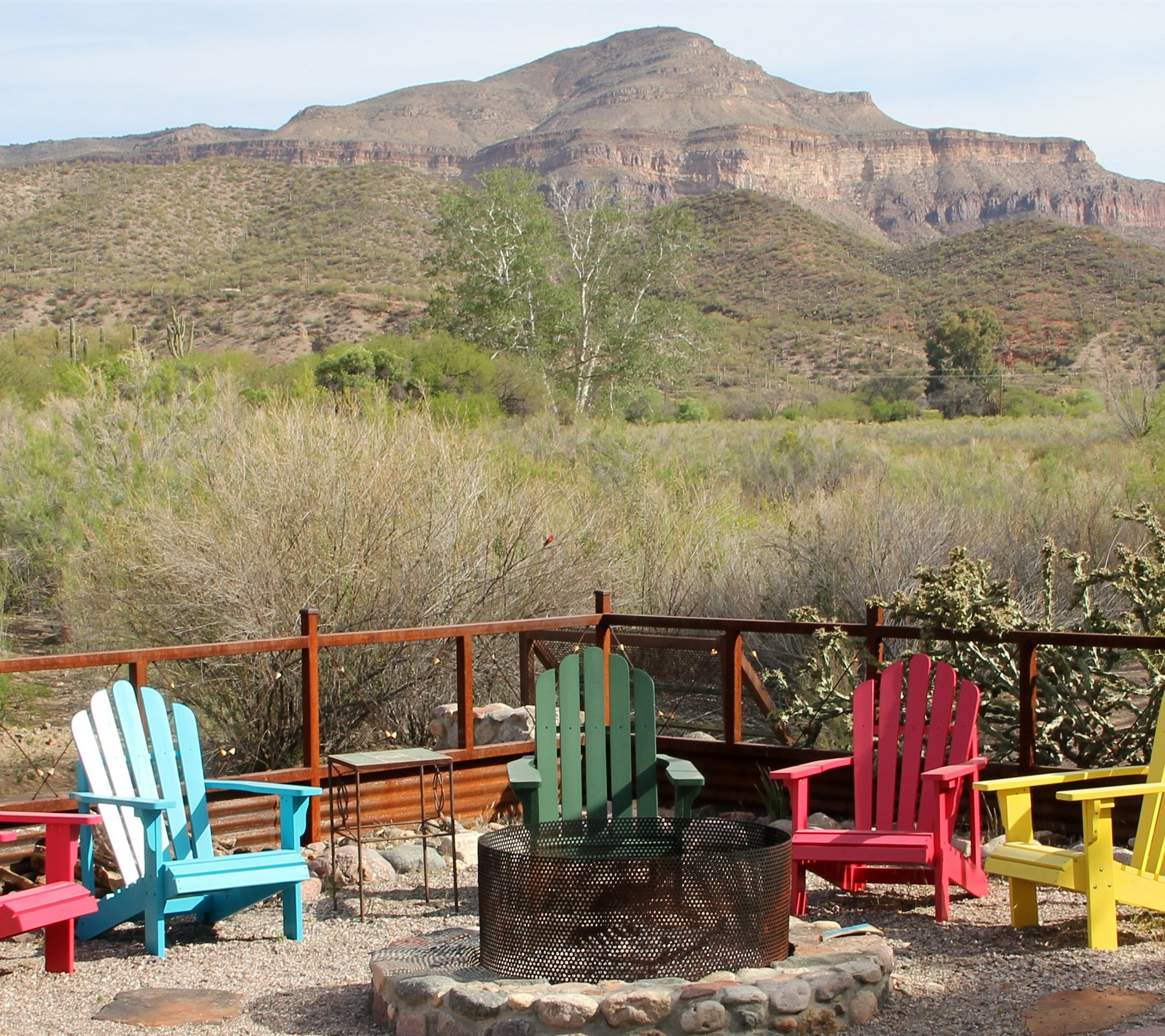 sales property at Charming turnkey in the luxury retreat on aravaipa creek