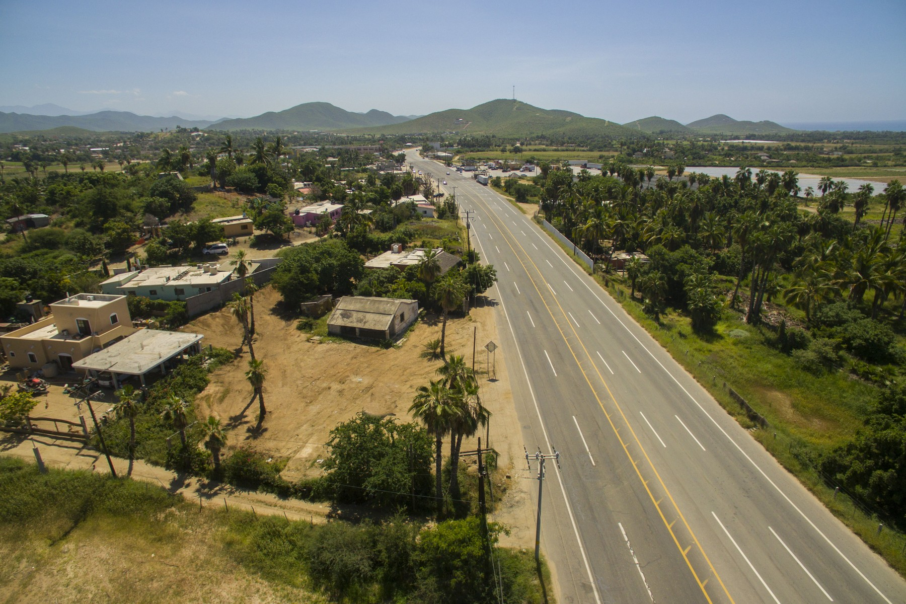 Pescadero Highway Lote 08