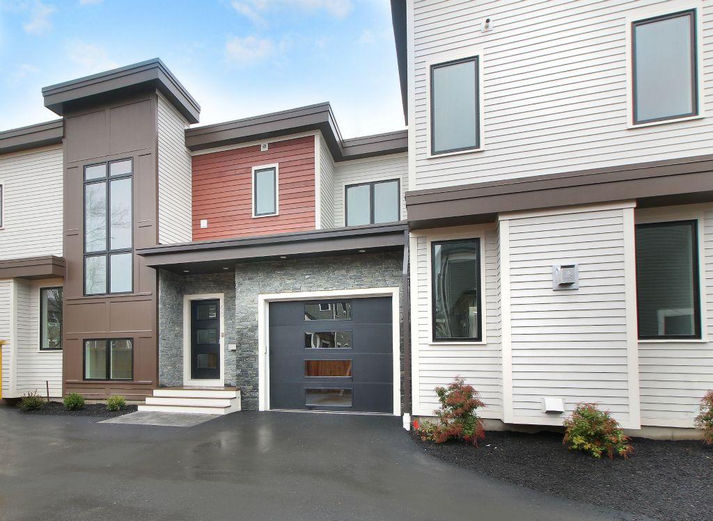 Многосемейный дом для того Продажа на 16 Keefe Ave, Newton Newton, Массачусетс 02464 Соединенные Штаты