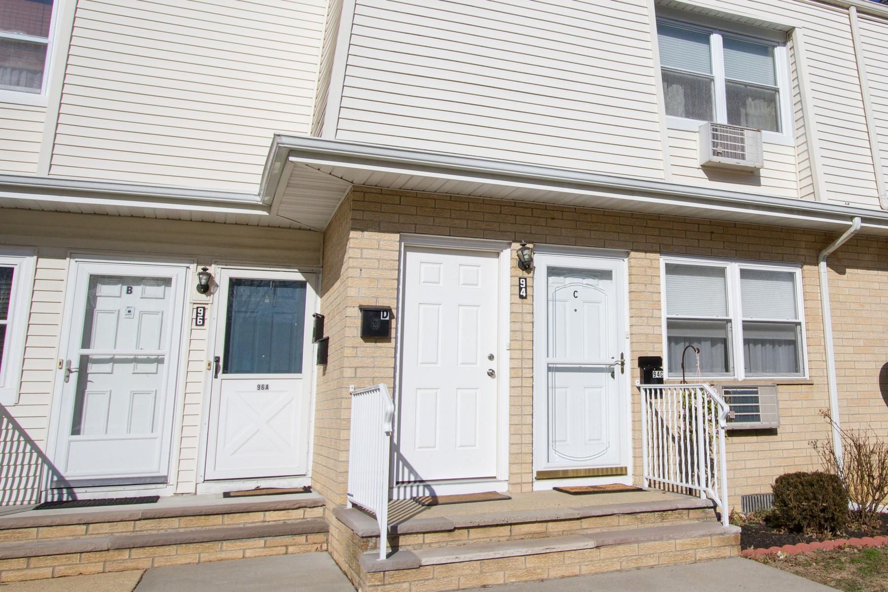 合作公寓 为 销售 在 Eadon Brook 94 White St D 伊顿敦, 新泽西州 07724 美国