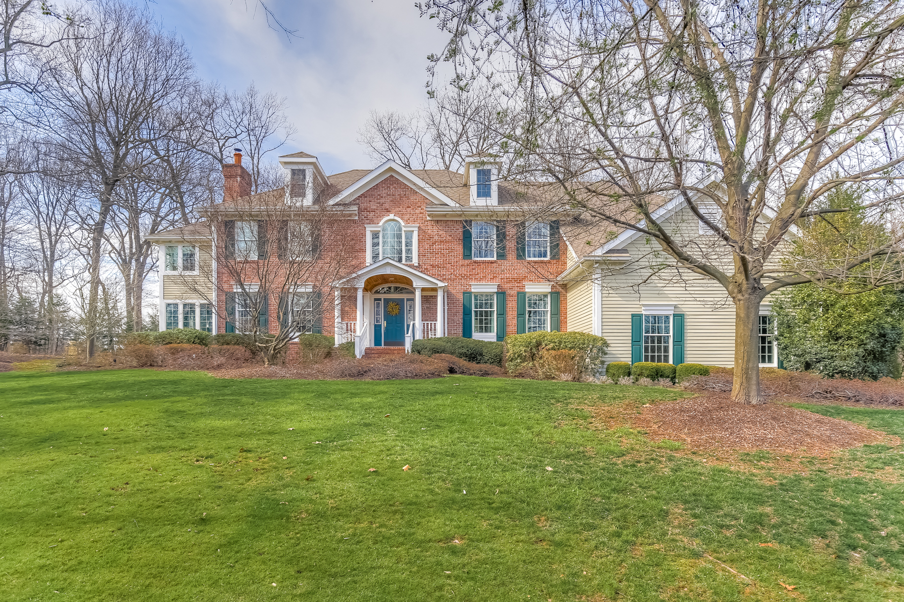 Single Family Home for Sale at Exceptional Value in Premier Location 94 Emily Road Basking Ridge, New Jersey, 07920 United States
