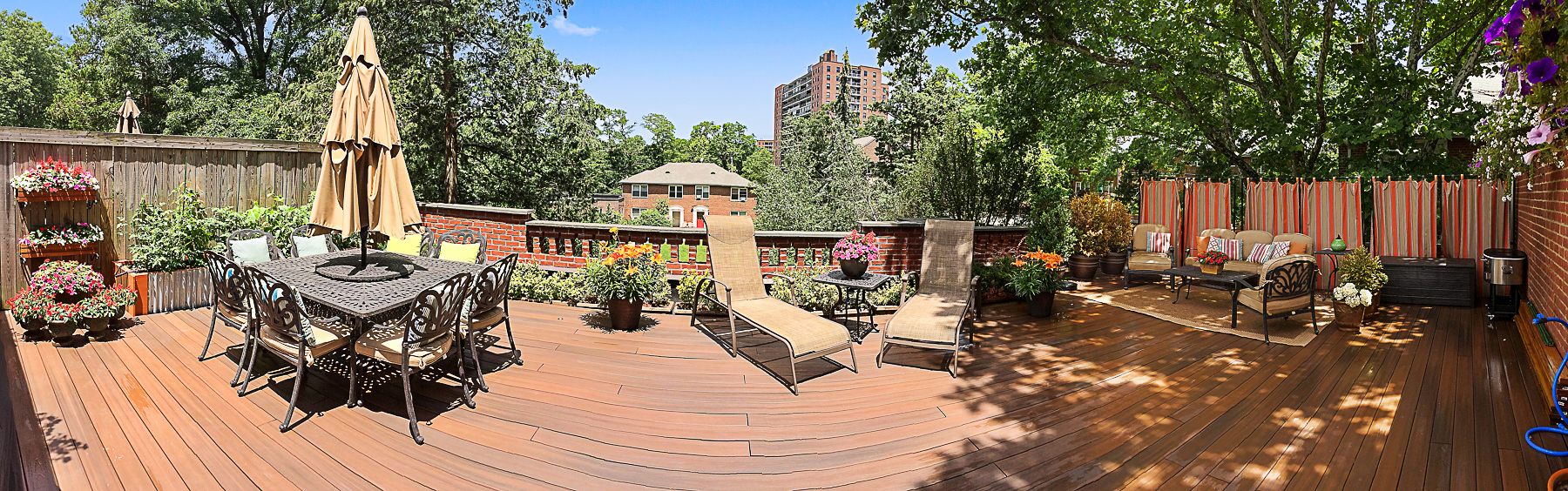 Société civile immobilière pour l Vente à MINT 2 BR CO-OP WITH HUGE TERRACE AND PARKING 4601 Henry Hudson Parkway B2 Riverdale, New York, 10471 États-Unis