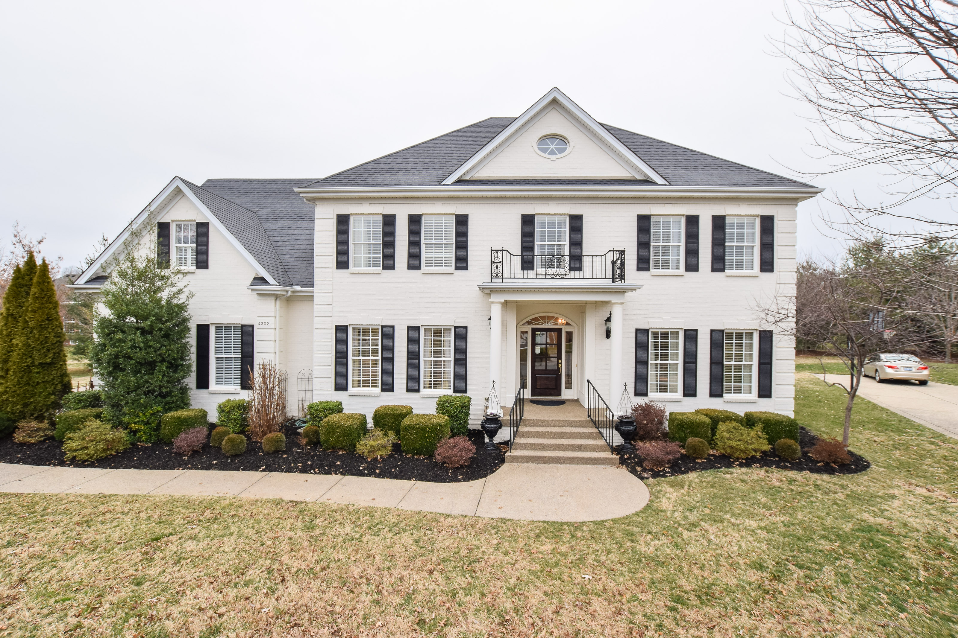 Single Family Home for Sale at 4302 Ashleycreek Cout 4302 Ashleycreek Court Louisville, Kentucky 40241 United States