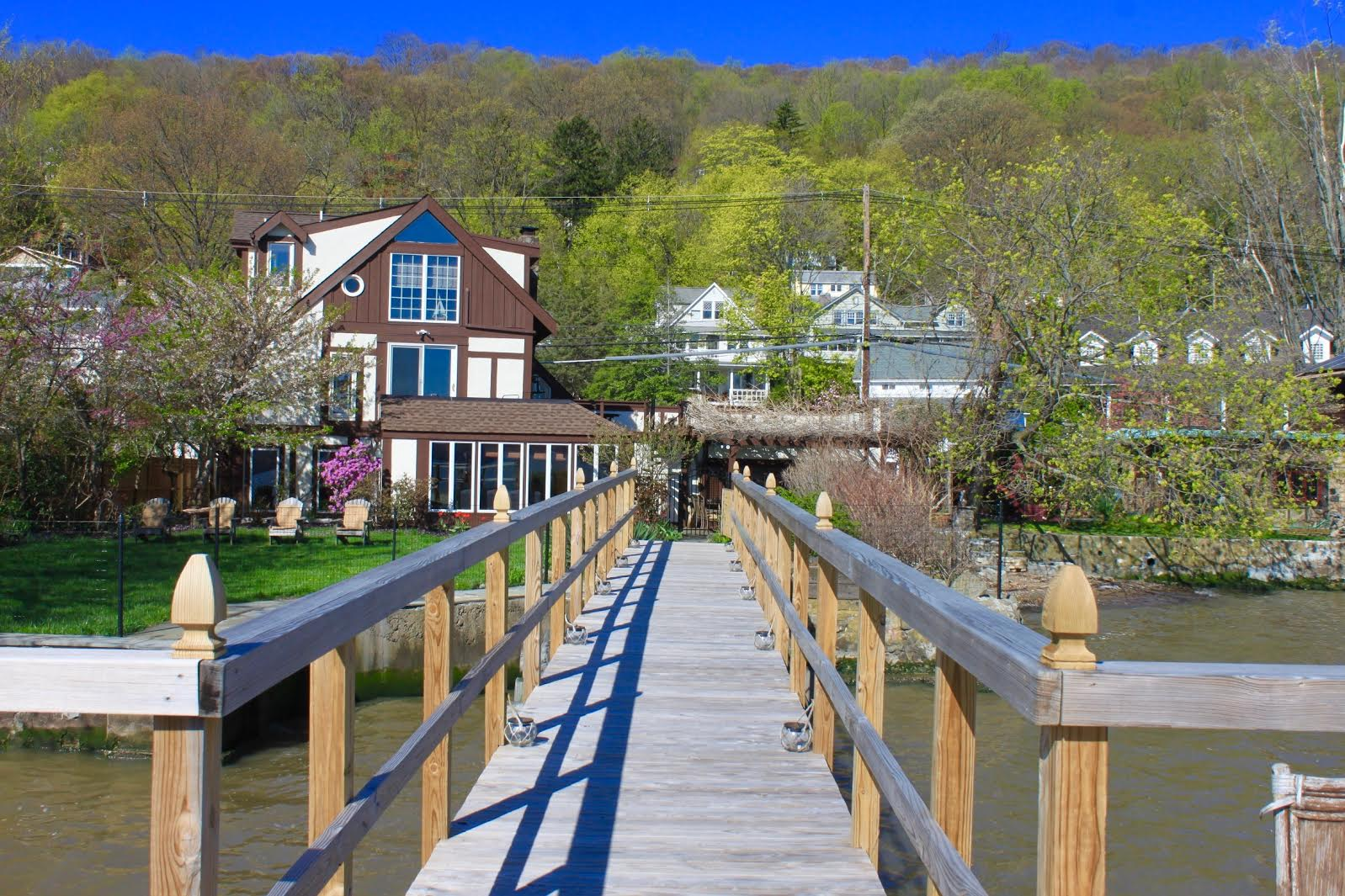Single Family Home for Sale at SoHo-on-Hudson 737 Piermont Ave. Piermont, New York 10968 United States