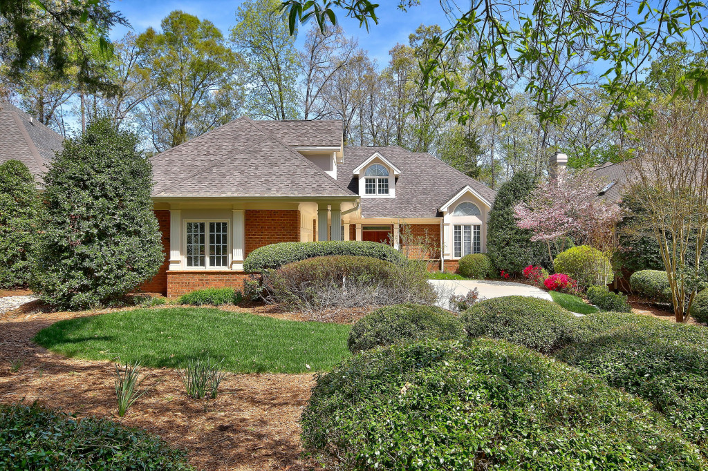 Single Family Home for Sale at 60148 Davie / Governors Club Chapel Hill, North Carolina, 27517 United StatesIn/Around: Cary, Durham, Raleigh