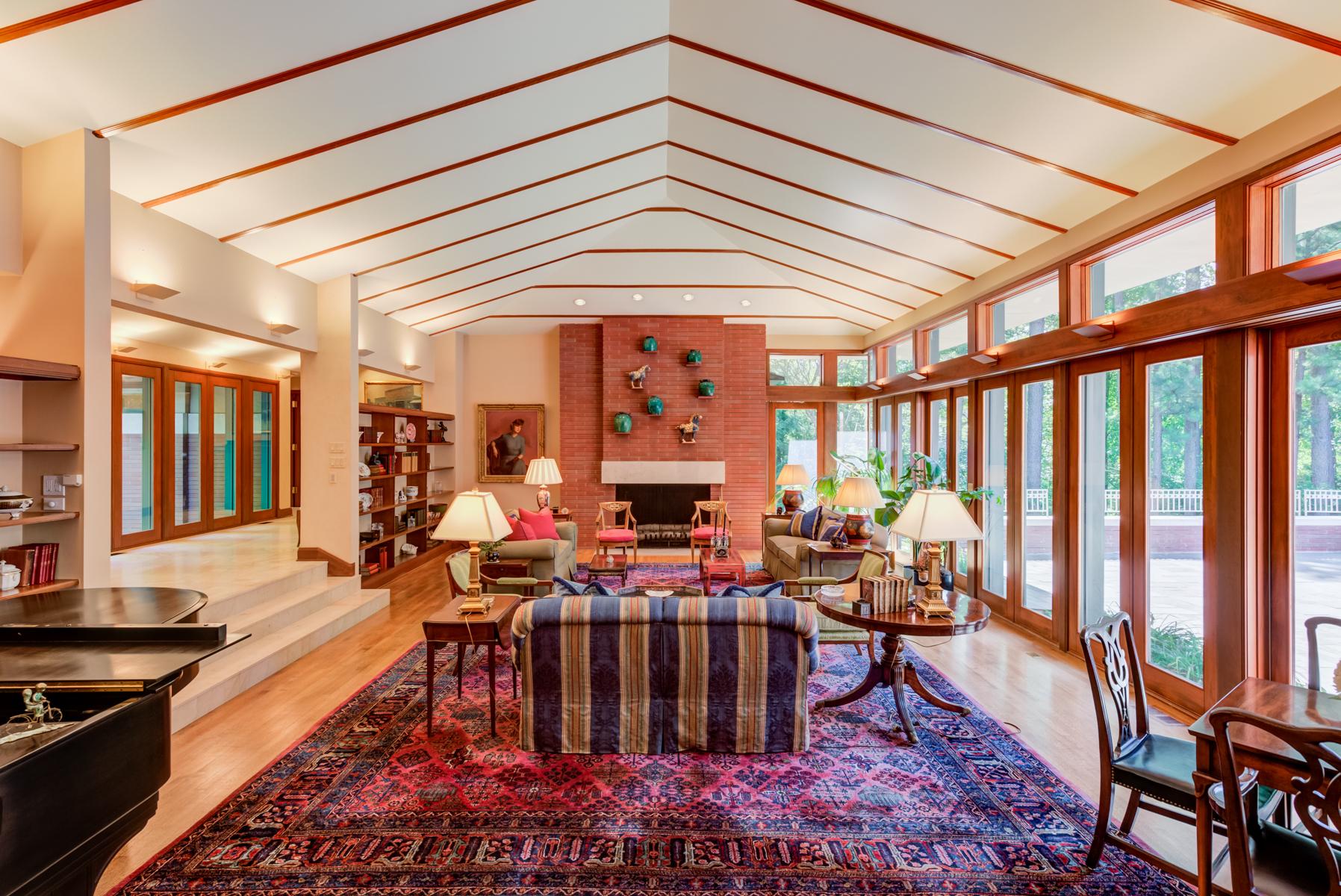Additional photo for property listing at Warson Hills 7 Warson Hills Ladue, Missouri 63124 United States