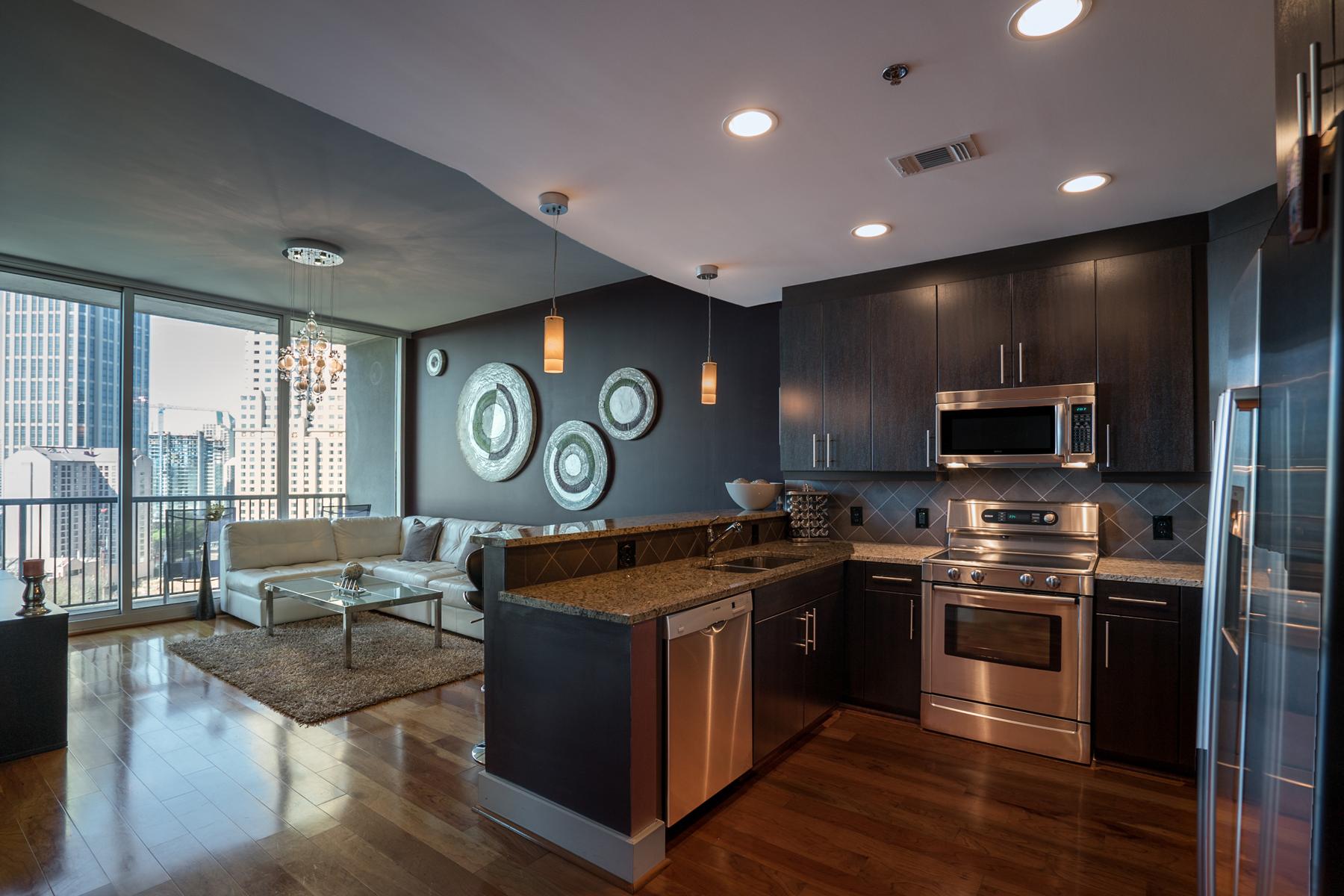 コンドミニアム のために 売買 アット 1010 Midtown - Oversized Luxury Condo On Peachtree 1080 Peachtree Street Unit 1216 Atlanta, ジョージア, 30309 アメリカ合衆国