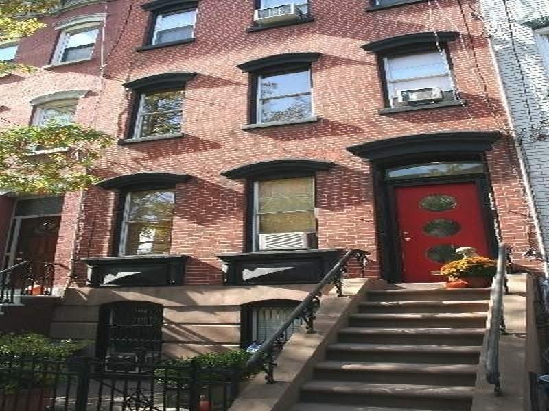 Кондоминиум для того Аренда на Garden St 1BR with Private Entrance 904 Garden Street #A Hoboken, Нью-Джерси 07030 Соединенные Штаты