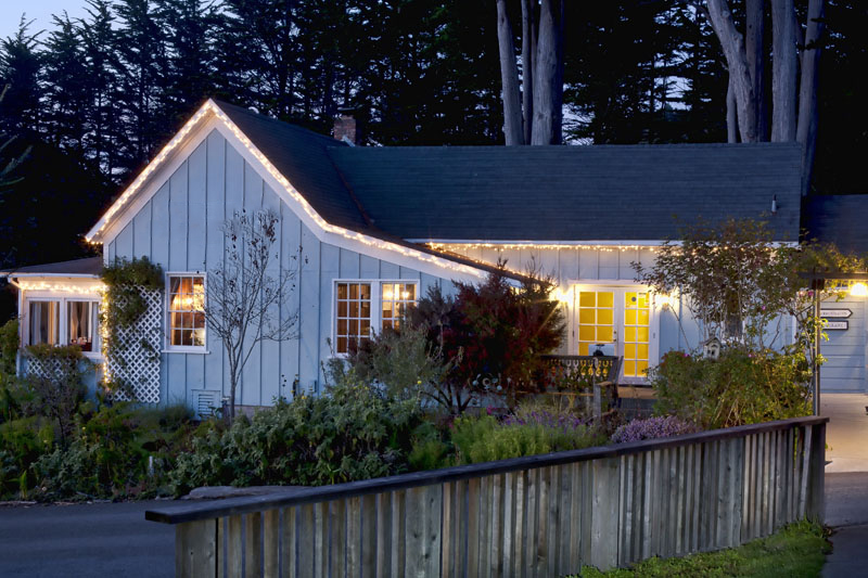 商用 为 销售 在 Circa '62 7051 N. Hwy. 1 Little River, 加利福尼亚州 95456 美国