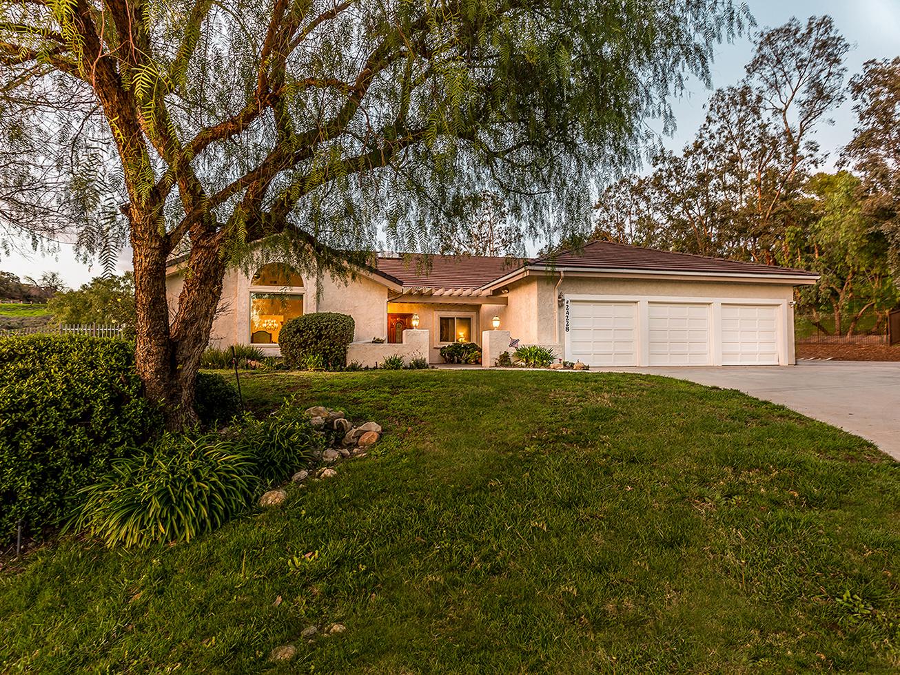 Maison unifamiliale pour l Vente à 24228 Dry Canyon Cold Creek Rd, Calabasas 24228 Dry Canyon Cold Creek Rd. Calabasas, Californie, 91302 États-Unis