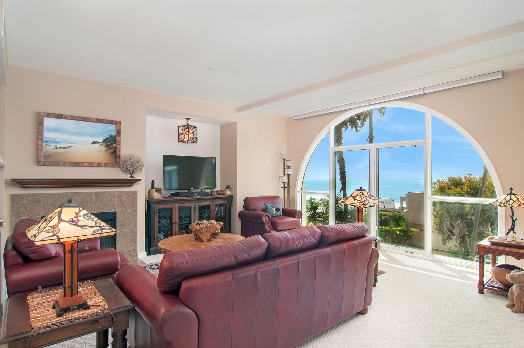 Appartement en copropriété pour l Vente à 5420 La Jolla Blvd B202 La Jolla, Californie, 92037 États-Unis