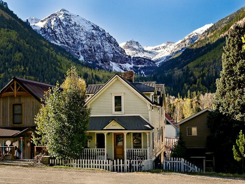 Single Family Homes para Venda às 730 E Columbia Avenue, Telluride, Colorado 81435 Estados Unidos