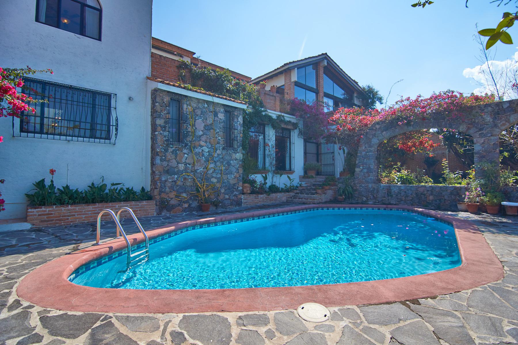 Maison unifamiliale pour l Vente à CASA BELL Porton San Miguel De Allende, Guanajuato, 37710 Mexique
