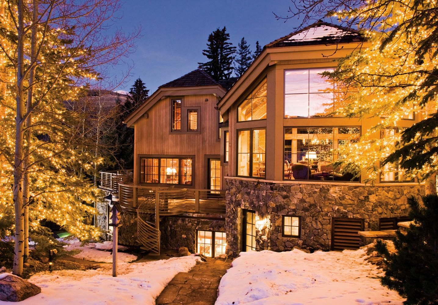 Additional photo for property listing at The Ultimate Vail Slopeside Home 483 Beaver Dam Road Vail, Colorado 81657 United States