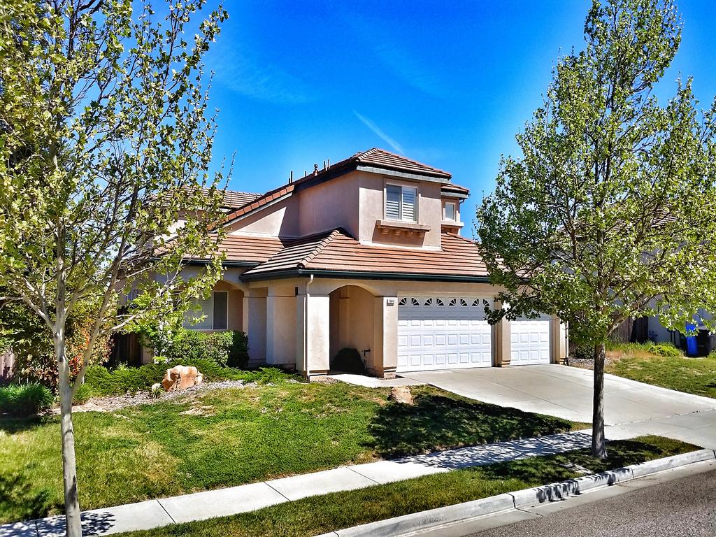 Single Family Home for Sale at Rare Plan 3 Montebello Estate Home 1640 Christina Court Paso Robles, California 93446 United States