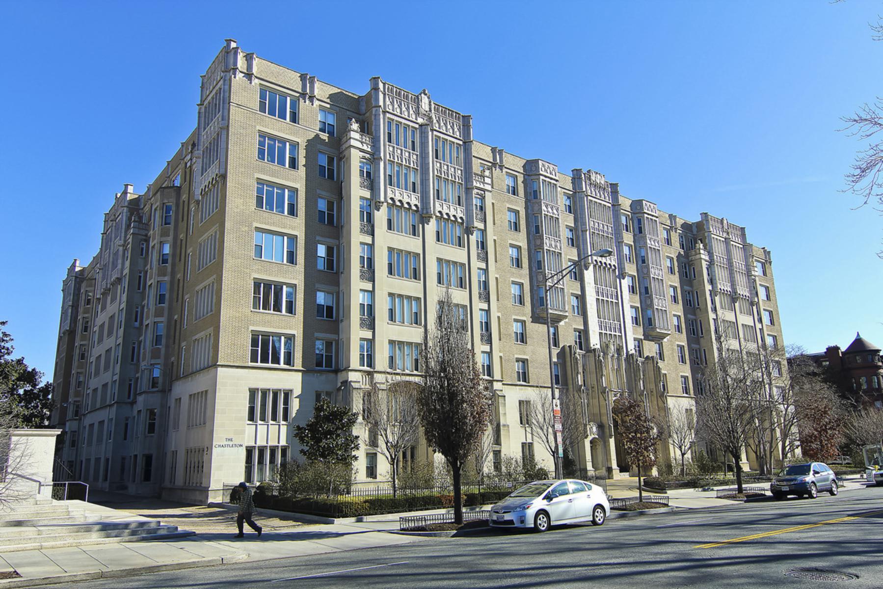 Nhà chung cư vì Bán tại Dupont Circle 1701 16th Street Nw 152 Washington, District Of Columbia, 20009 Hoa Kỳ