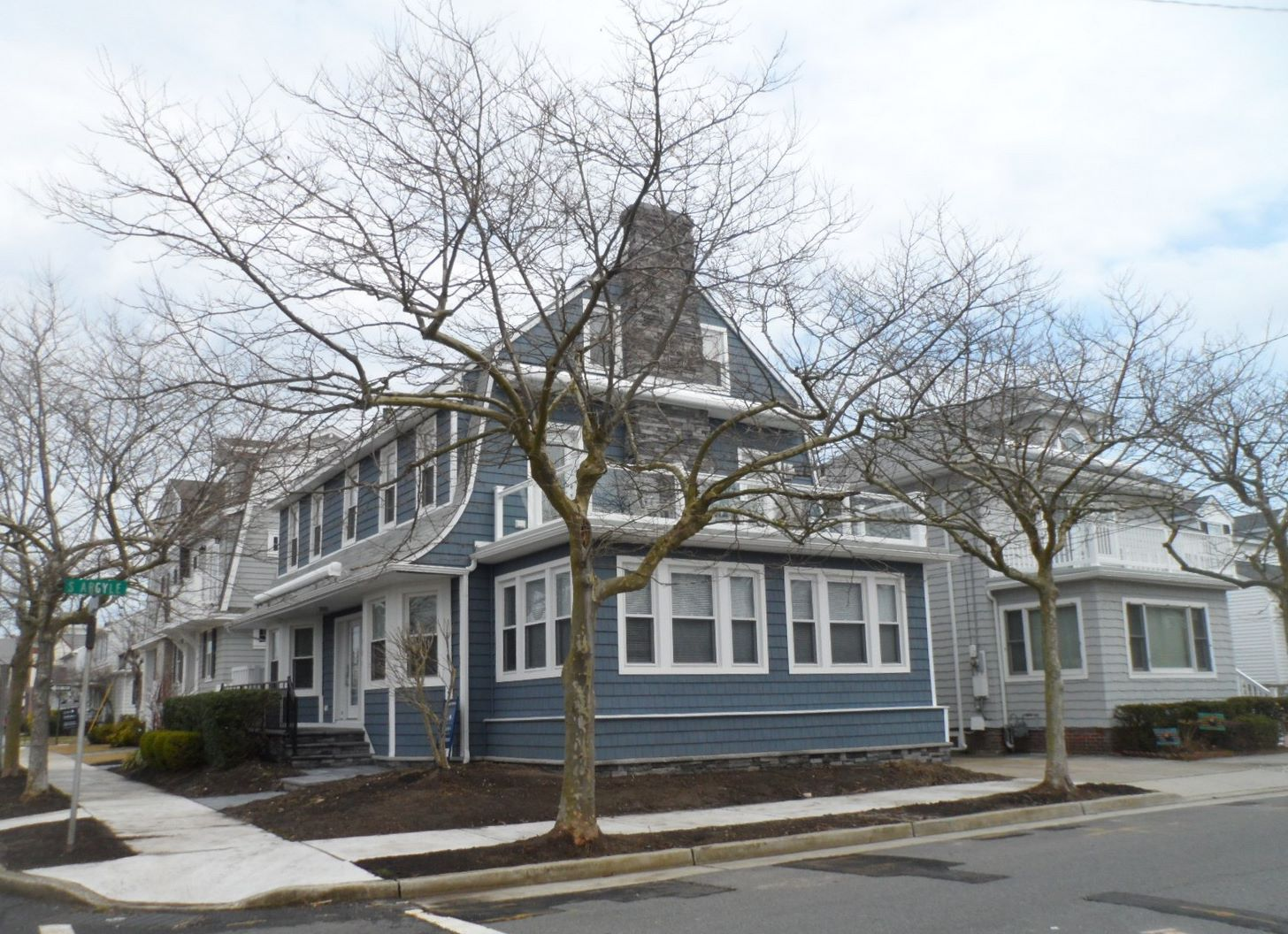 Single Family Home for Rent at 7408 Ventnor Ave Margate, New Jersey 08402 United States
