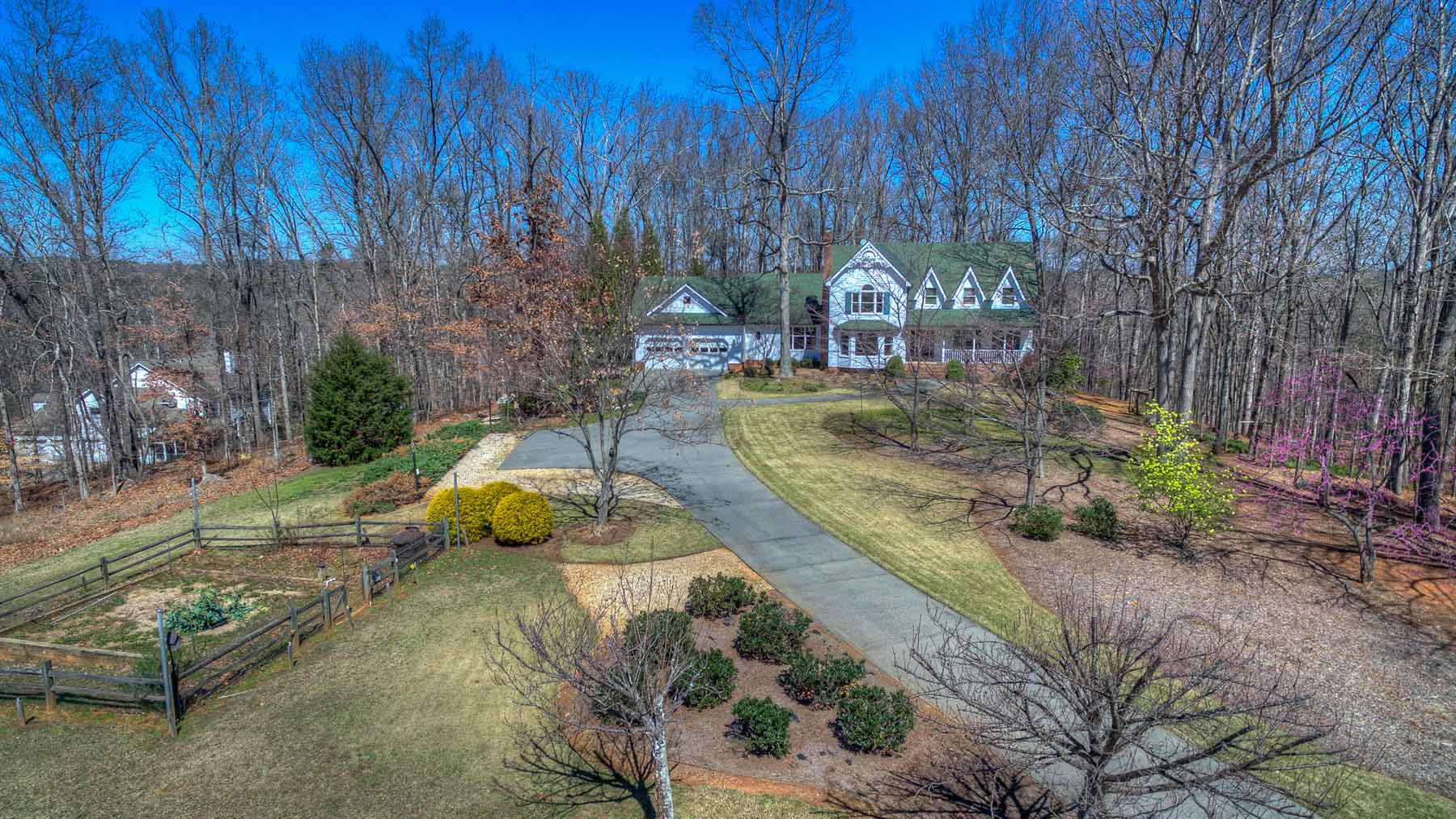 Single Family Home for Sale at Private Farm Style House on 9.72 Acres 10705 Bell Road Johns Creek, Georgia, 30097 United States