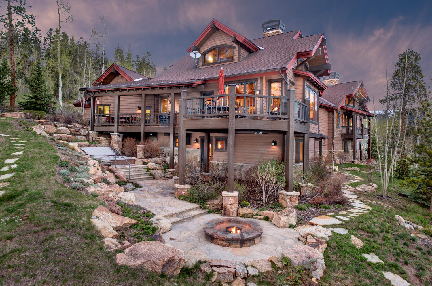 Casa Unifamiliar por un Venta en Eagles Nest Golf Course 125 Two Cabins Drive Silverthorne, Colorado 80498 Estados Unidos