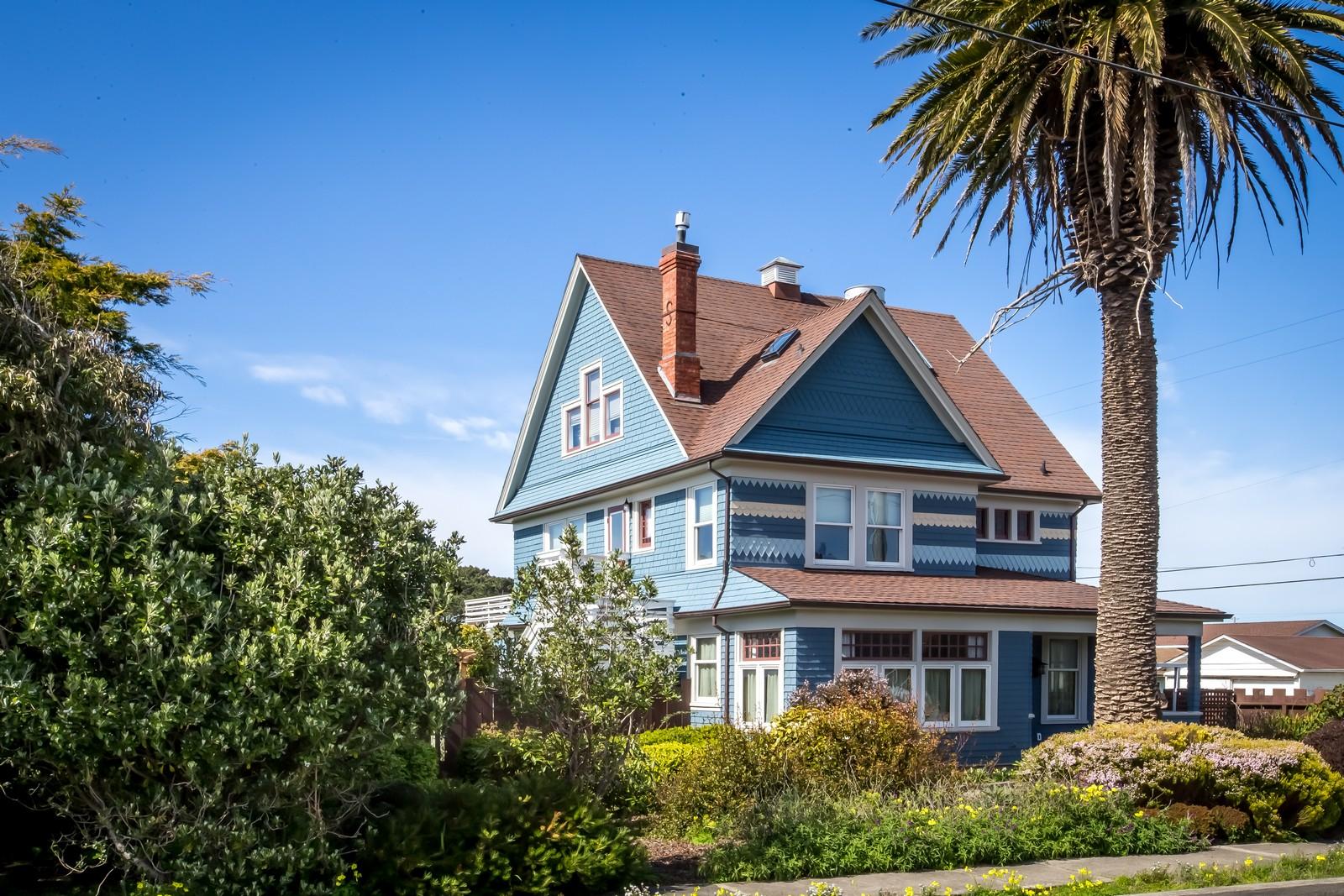 Einfamilienhaus für Verkauf beim Rohr Estate 561 Stewart Street Fort Bragg, Kalifornien 95437 Vereinigte Staaten