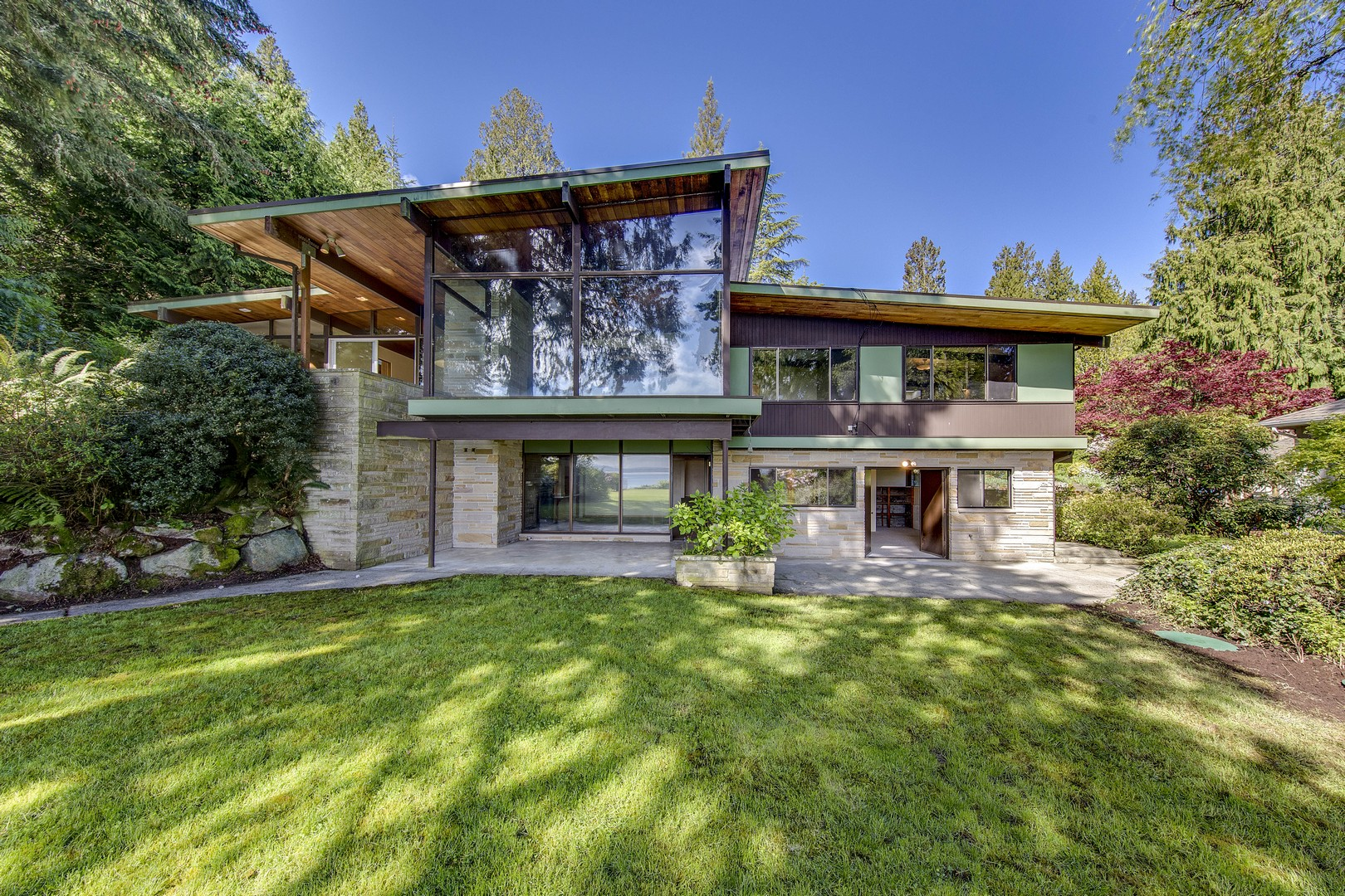 Single Family Home for Sale at Stunning NW Contemporary 16780 Agate Point Rd NE Bainbridge Island, Washington 98110 United States