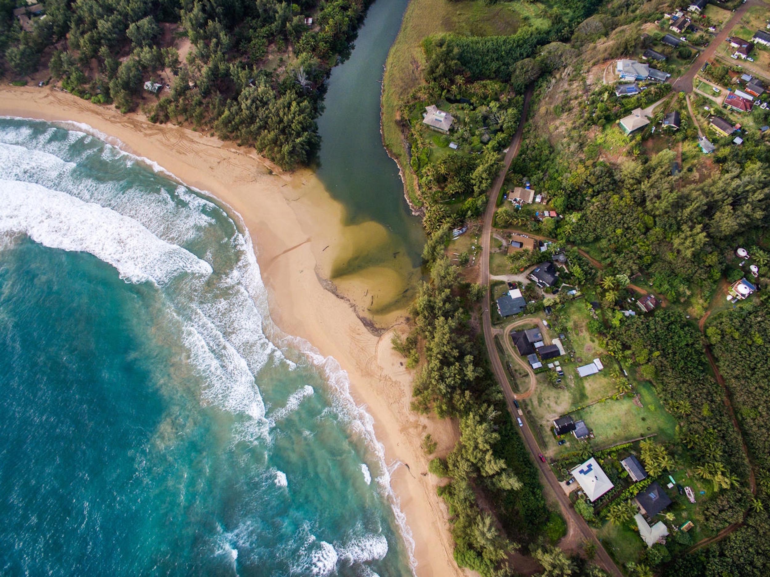 Vivienda unifamiliar por un Venta en Beautiful Anahola Beachside Estate 4695 Aliomanu Road Anahola, Hawaii, 96703 Estados Unidos