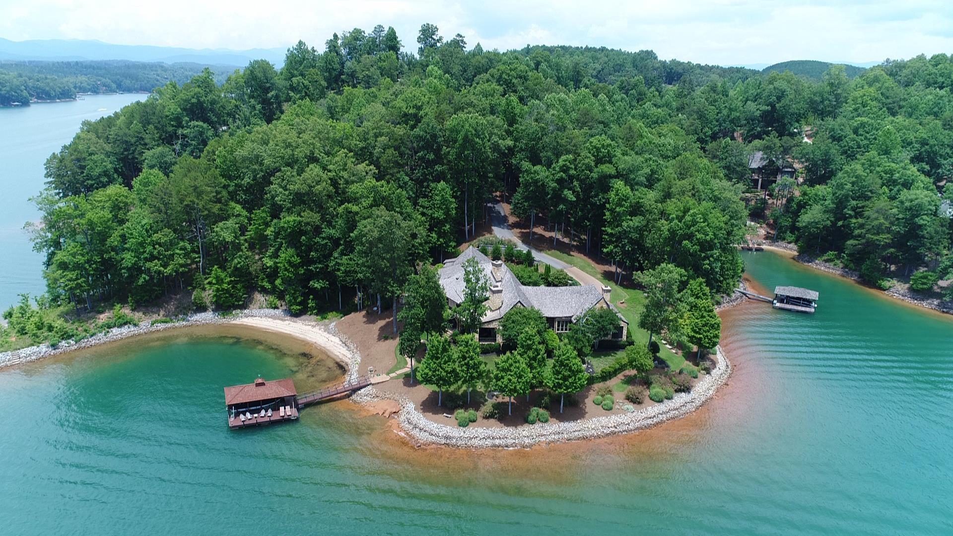 獨棟家庭住宅 為 出售 在 Captivating & Unforgettable Waterfront Home 511 W Fort George Way The Reserve At Lake Keowee, Sunset, 南卡羅來納州, 29685 美國