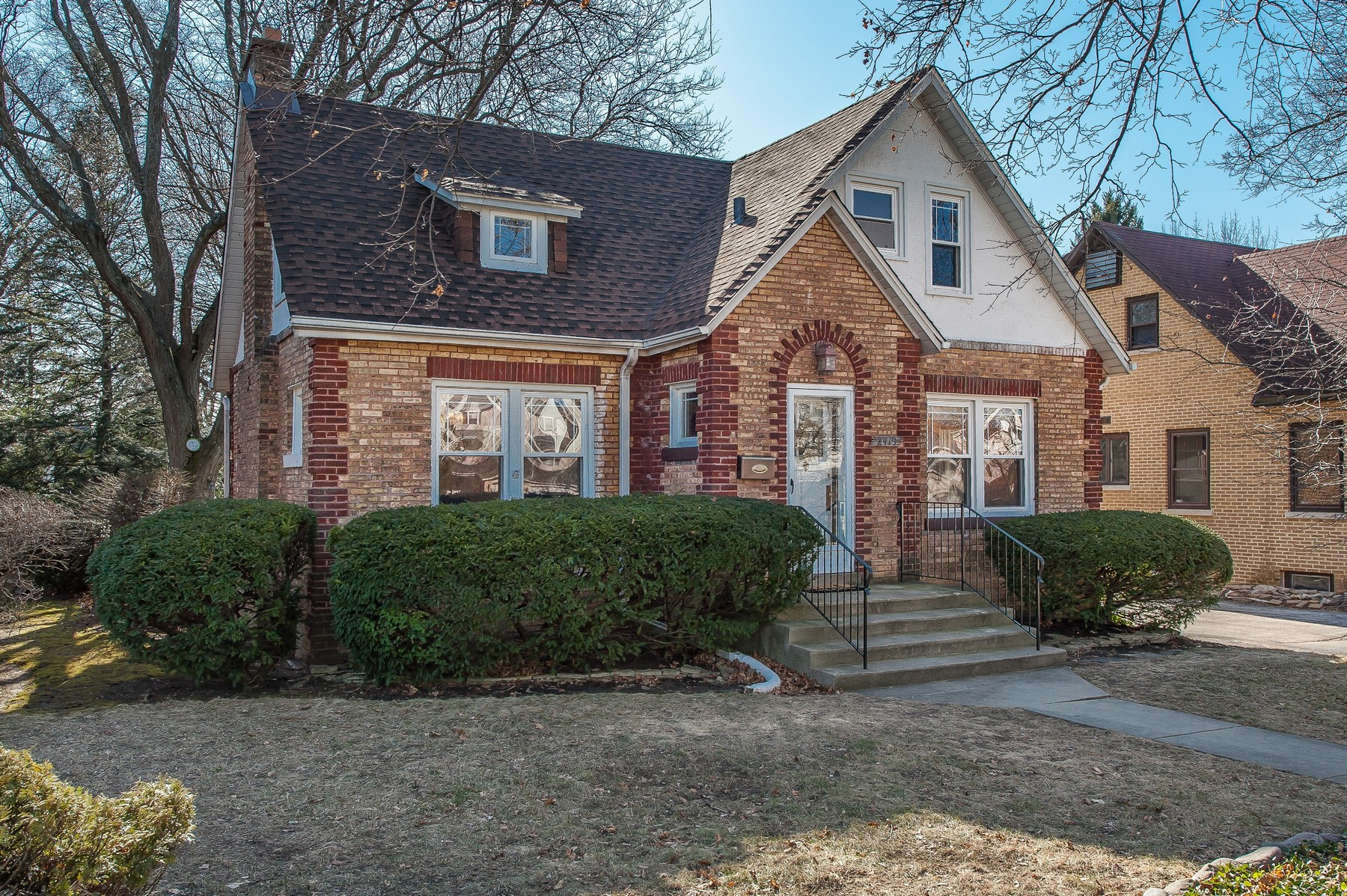 Single Family Home for Sale at Classic Center-Entry English Style Home 2419 Birchwood Lane Wilmette, Illinois, 60091 United States
