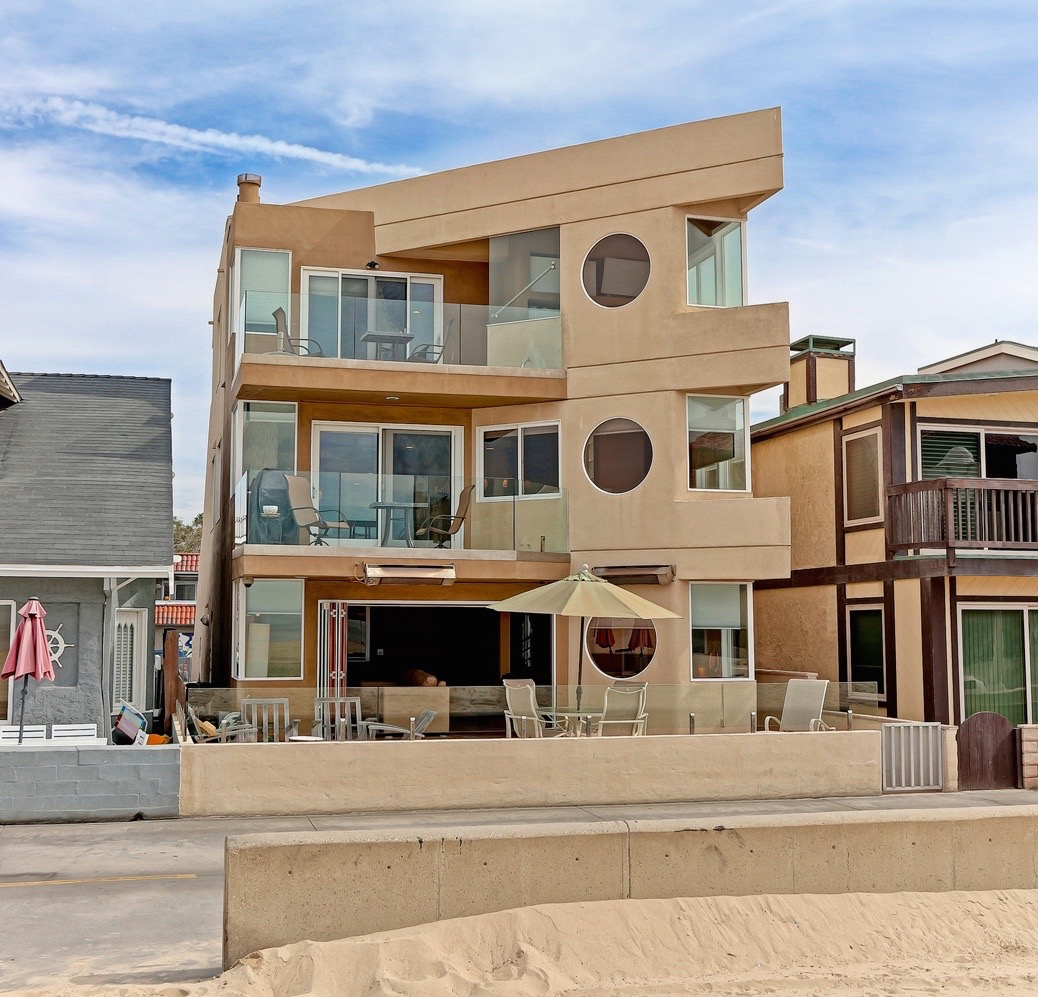 Casa Unifamiliar por un Venta en 12 The Strand Hermosa Beach, California, 90254 Estados Unidos