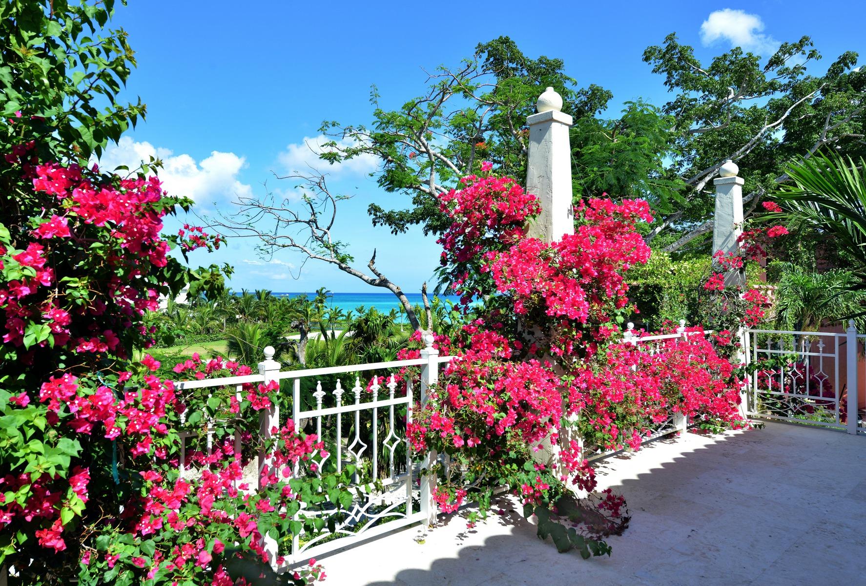 Moradia para Venda às Dilly House, #5 Ridgetop Old Fort Bay, Nova Providência / Nassau, Bahamas