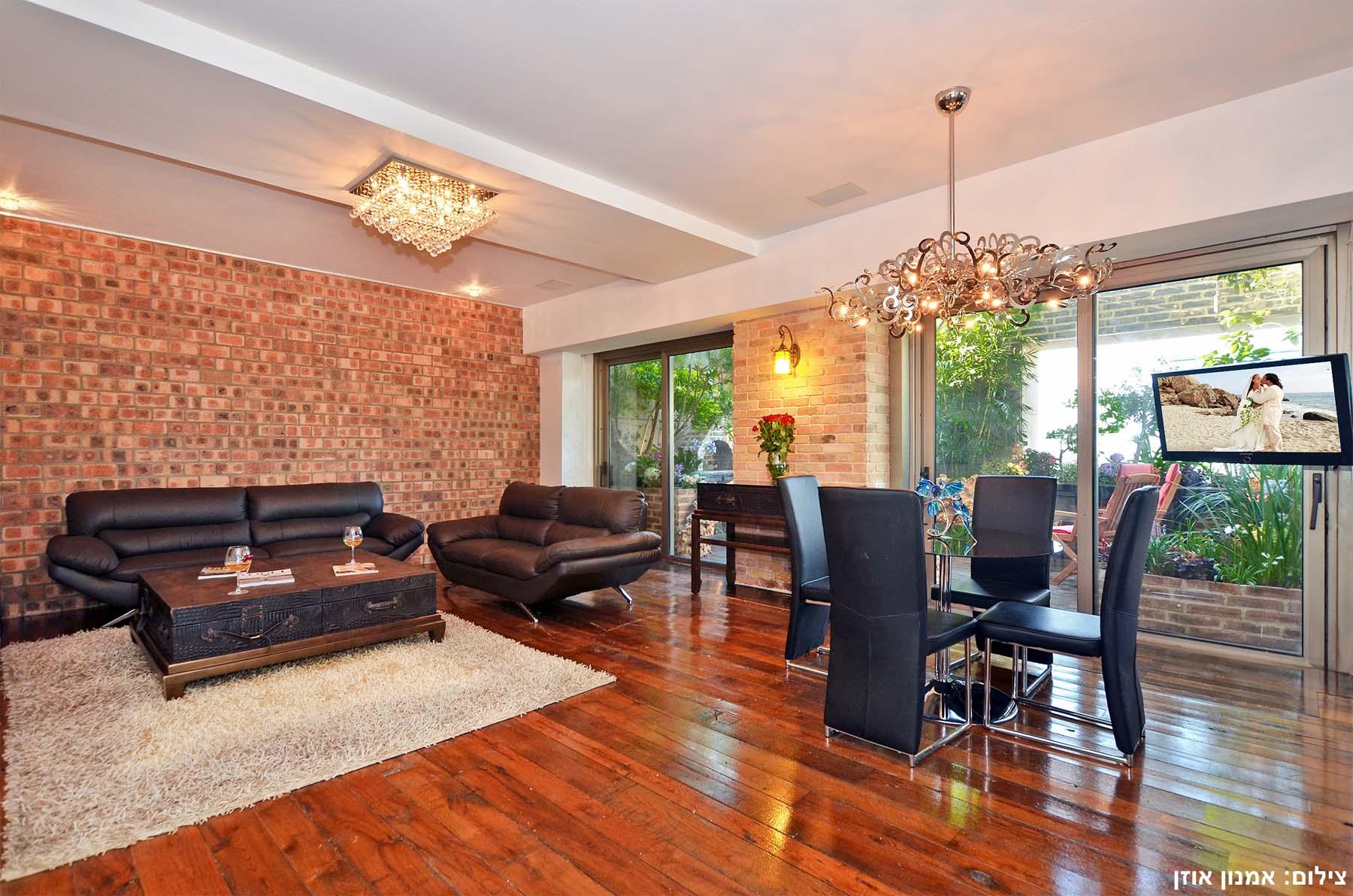 Wohnung für Verkauf beim European Style Luxury Apartment in Leonardo City Tower Ramat Gan, Israel Israel