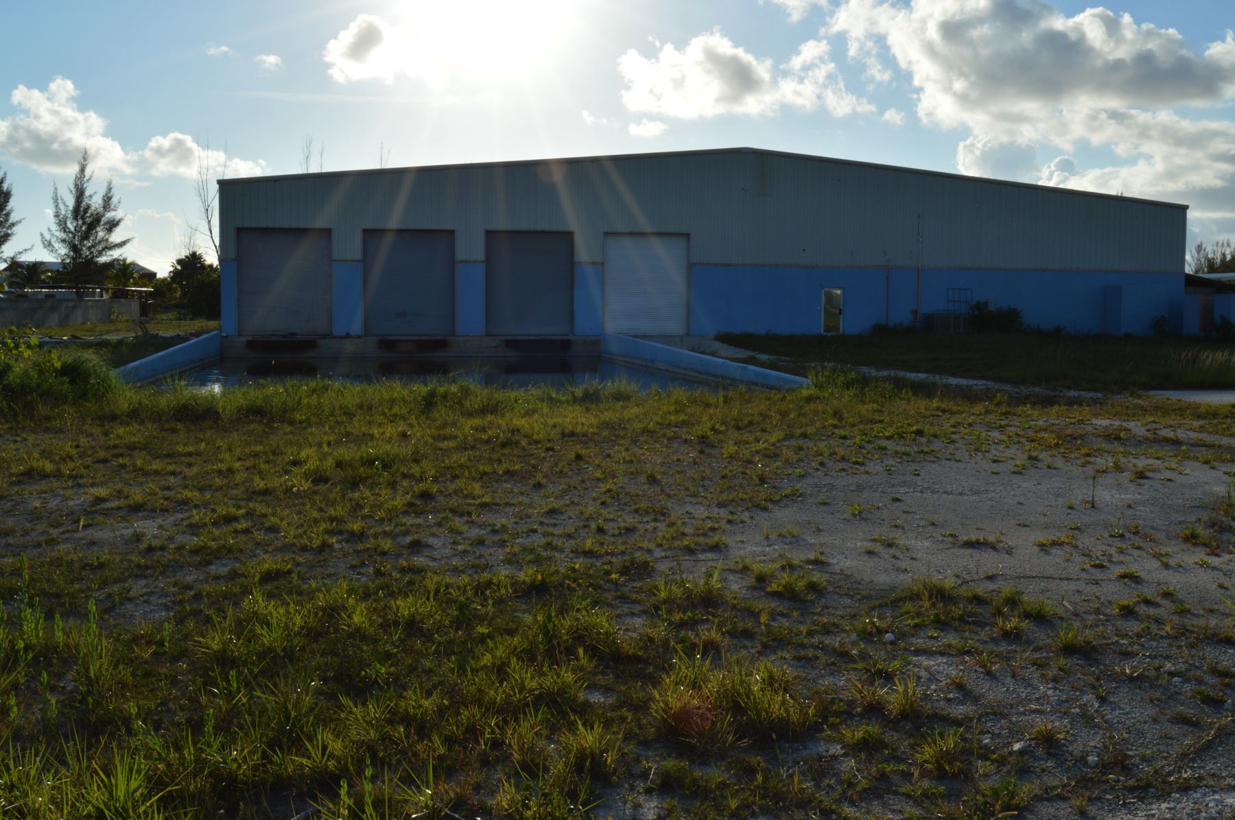 Additional photo for property listing at Airport Industrial Park Warehouse Airport Industrial Park, Nassau And Paradise Island Bahamas