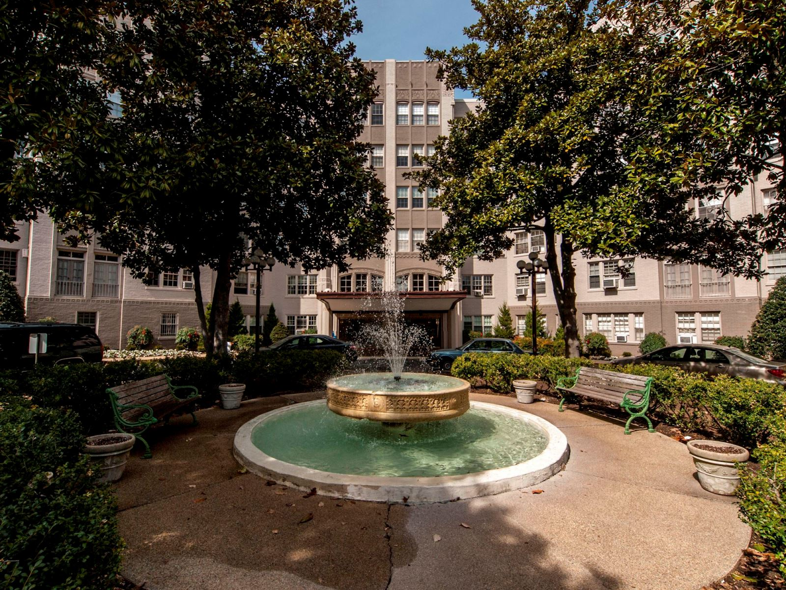 Condominium for Sale at 2737 Devonshire Place Nw 320, Washington Washington, District Of Columbia, 20008 United States