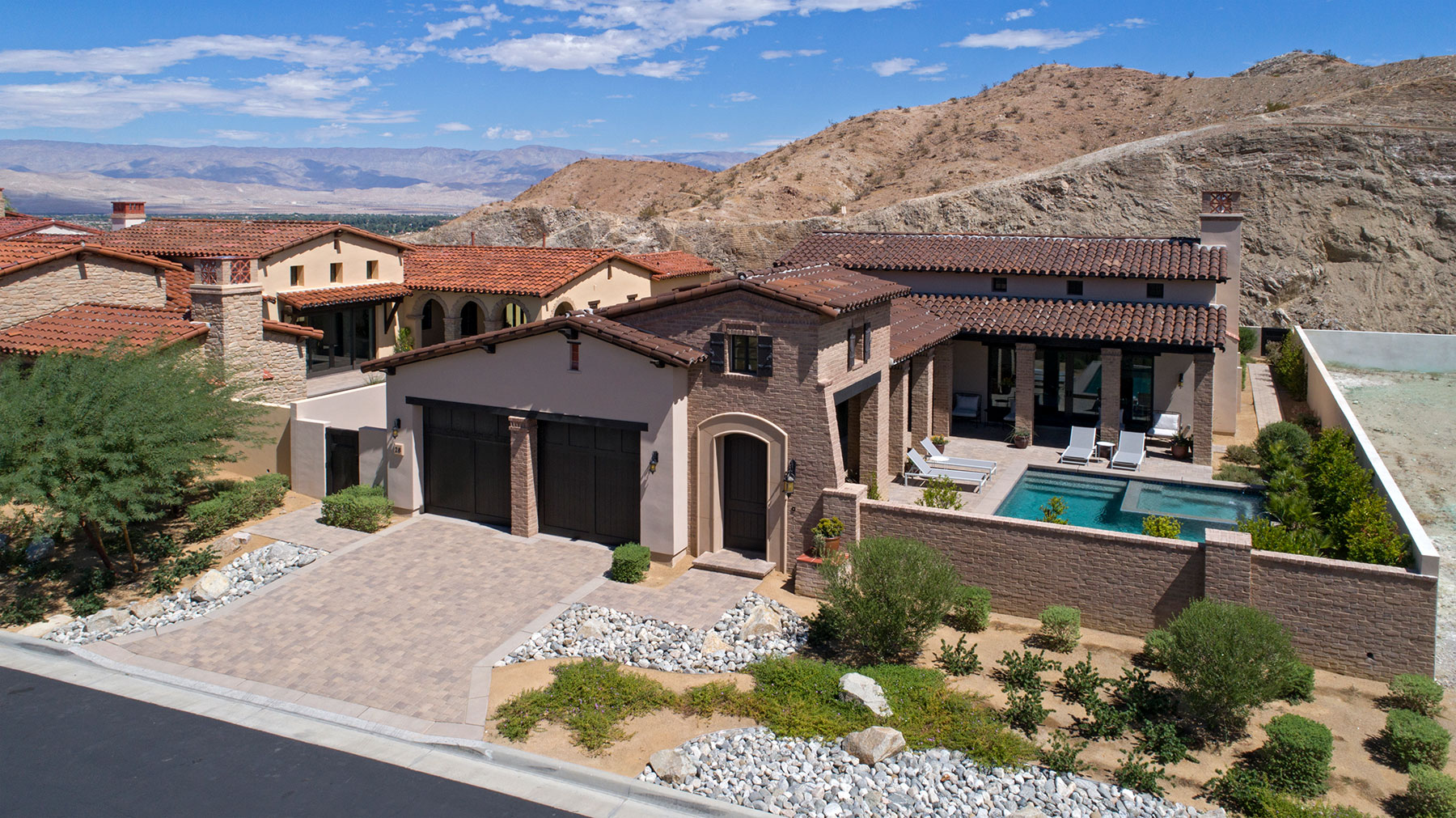 واحد منزل الأسرة للـ Sale في 28 Santa Rosa Mountain Rancho Mirage, California, 92270 United States
