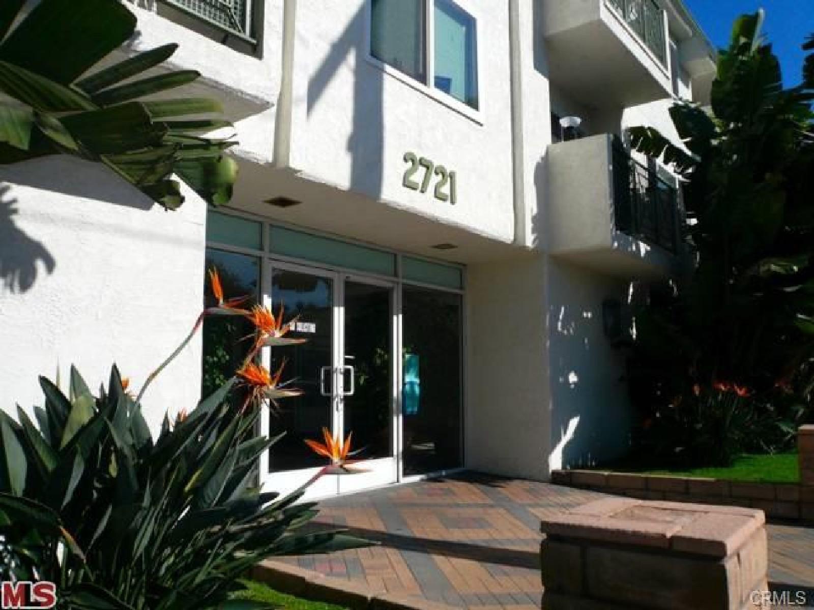 Condominium for Sale at 2721 2nd St # 215, Santa Monica 90405 2721 2nd Street #215 Santa Monica, California, 90405 United States