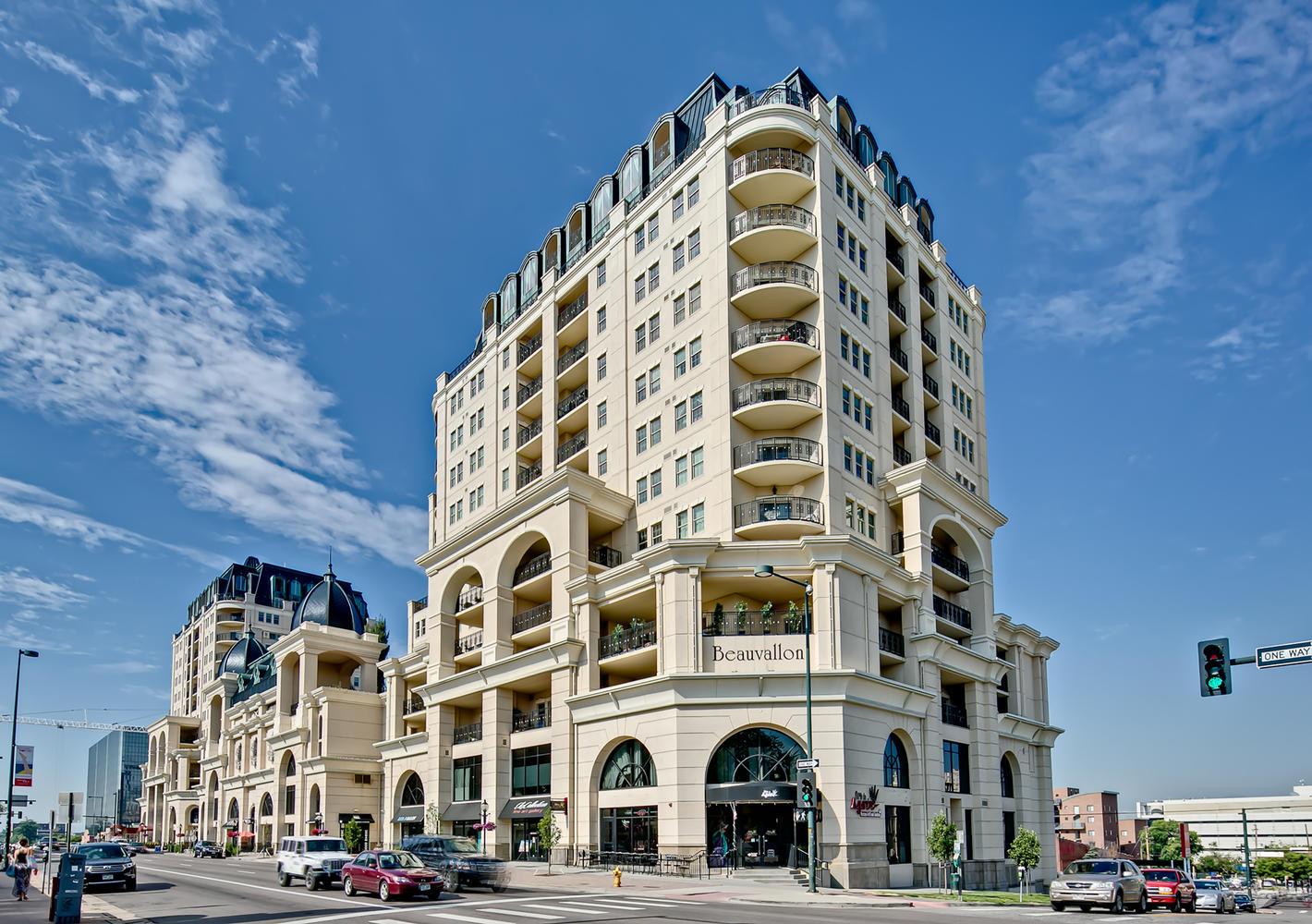 Casa Unifamiliar por un Venta en Spectacular custom designed Downtown Penthouse 975 N Lincoln St #14D-N Denver, Colorado, 80203 Estados Unidos