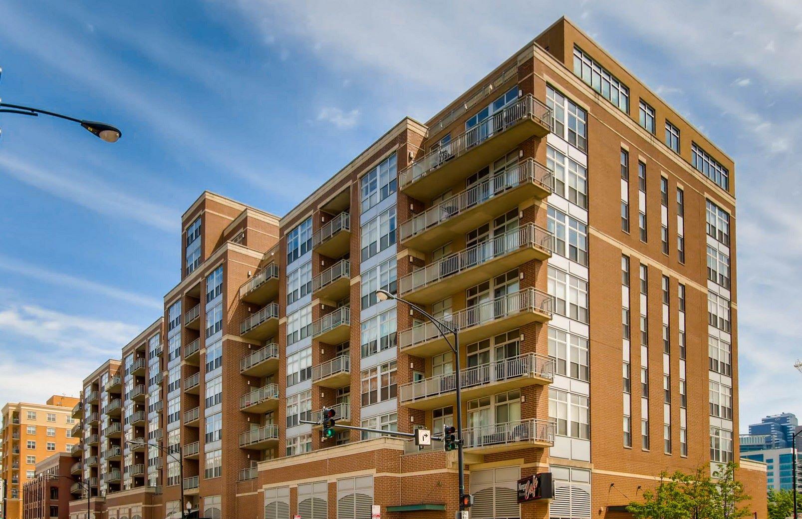 Condominium for Sale at Pristine West Loop Condo 111 S Morgan Street Unit 820 Chicago, Illinois 60607 United States
